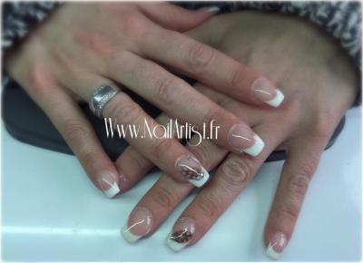 French blanche et motifs